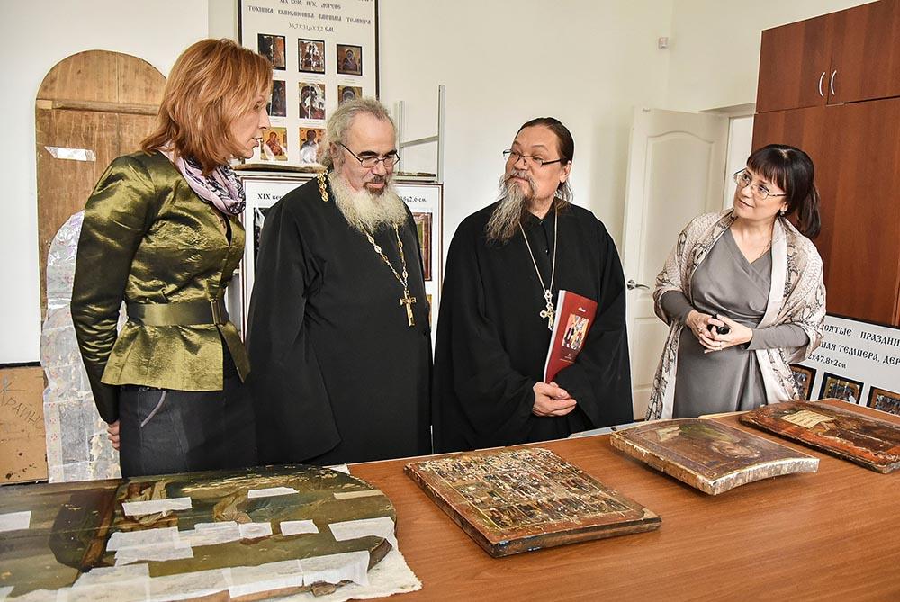 В Пензенском художественном училище прошло заседание секции «Образ новомучеников в церковном искусстве»