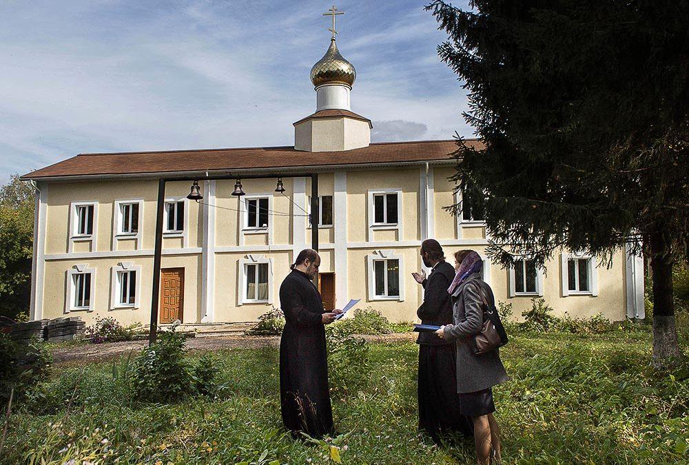 Представители отдела по религиозному образованию и катехизации посетили молитвенный дом ап. Иоанна Богослова в селе Богословка