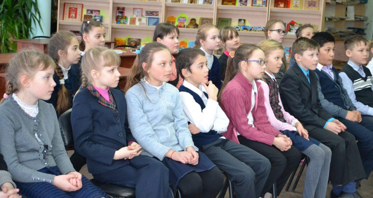 День православной книги в городской библиотеке № 2