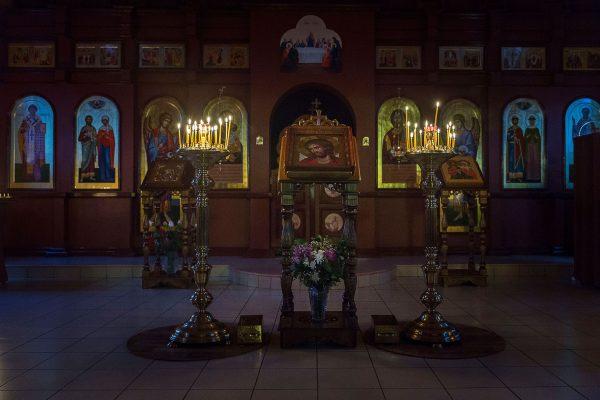 Ночное богослужение в память о начале массовых репрессий в отношении российского казачества
