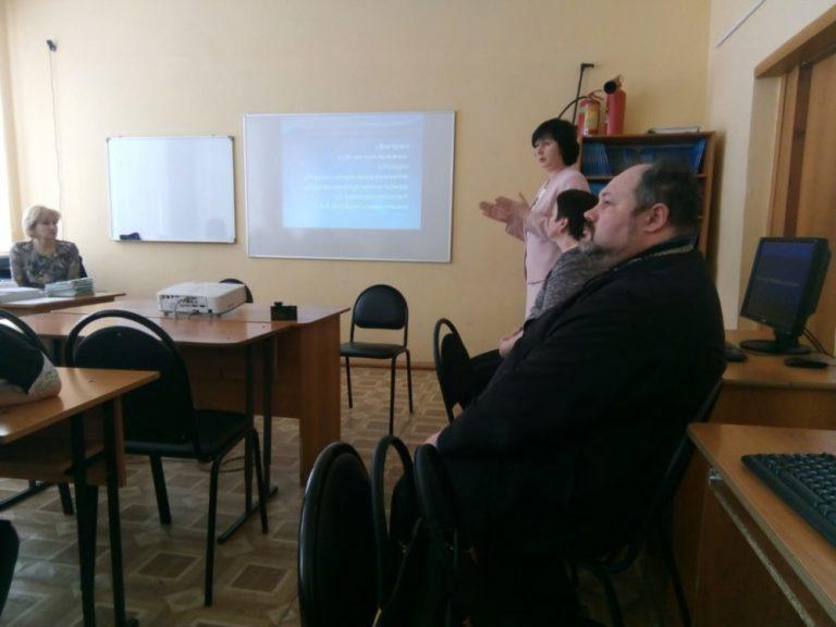 Священнослужитель встретился со со старшеклассниками средней общеобразовательной школы г. Городище